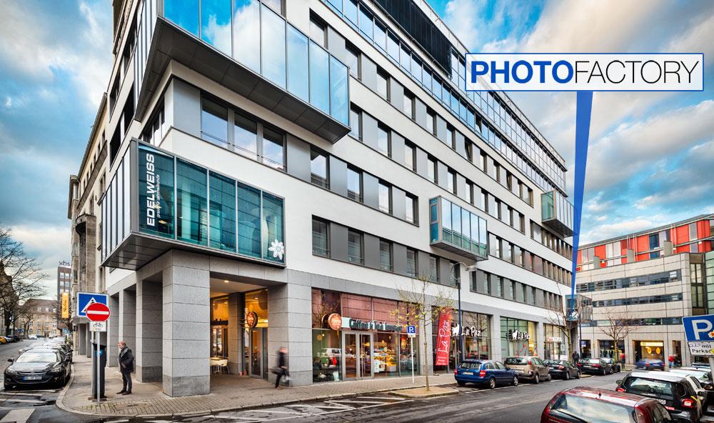 PhotoFactory am Bissenkamp — Straßenansicht Hansastraße Ecke Bissenkamp. Foto Dietrich Hackenberg